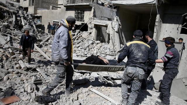 Síria: Mais de 500 civis mortos em bombardeamentos nos últimos sete dias