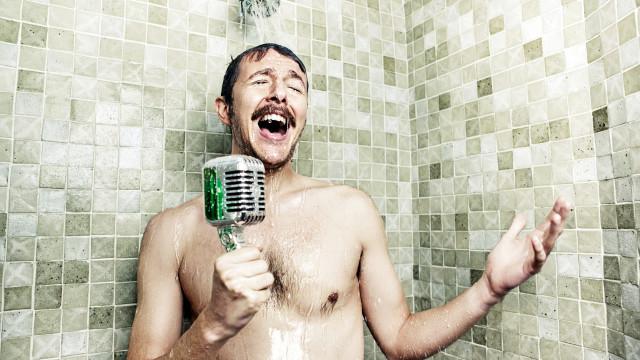 Erros que comete quando toma banho