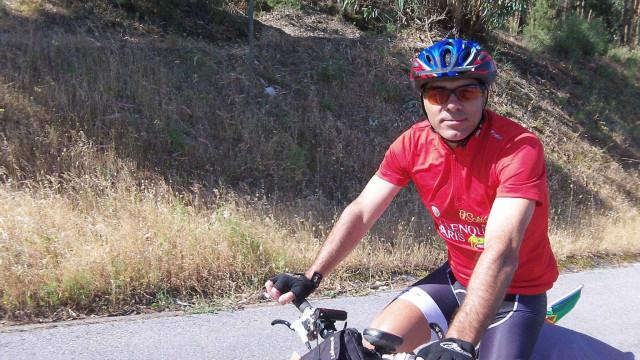 Ciclista português chegou hoje à Rússia, quatro mil quilómetros depois