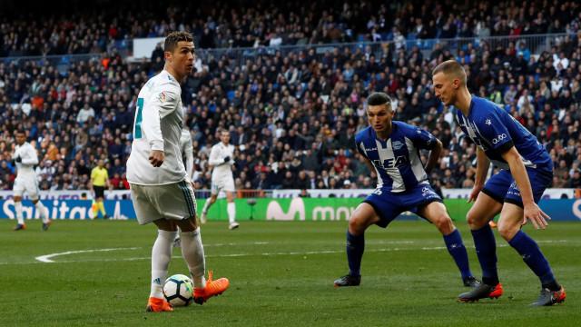 Novo ano de Cristiano Ronaldo trouxe explosão... de 'ketchup'