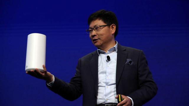 """Huawei: """"No futuro só 3 ou 4 fabricantes de smartphones vão sobreviver"""""""