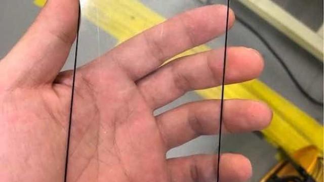 Nova imagem parece confirmar existência de um iPhone X maior
