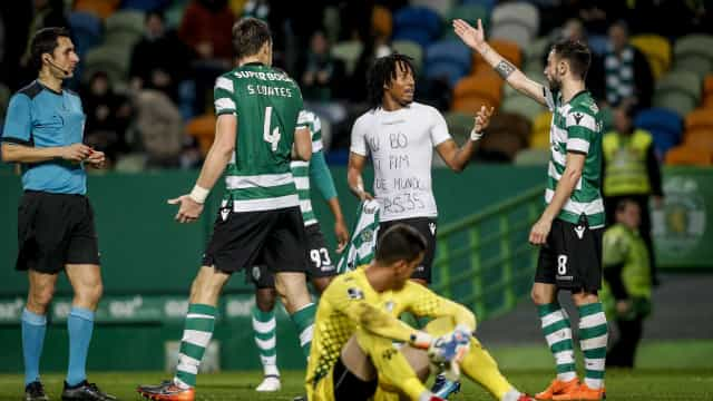Vitória emotiva do Sporting: Nada faltou em mais um jogo salvo no final