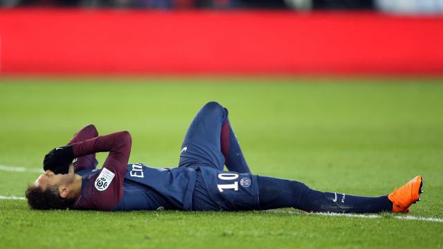 As: Neymar não arrisca, vai ser operado e só volta no final da época