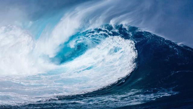 Surfista arrastado pela corrente resgatado perto de Porto de Leixões