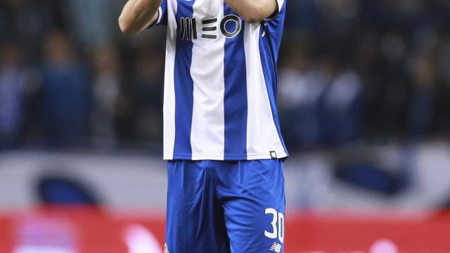 Oficial: FC Porto vende Dalot ao Manchester United