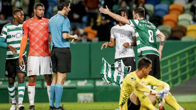 Sporting não desistiu de contar com Gelson no Dragão