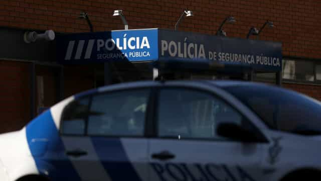 Arguidos que fugiram de tribunal tinham 40 mil euros em notas de 500