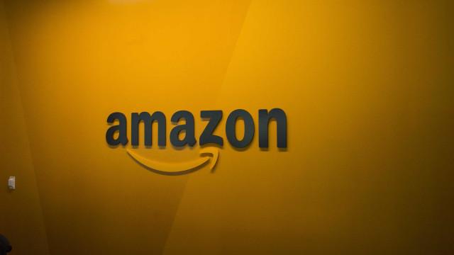 Apple, Google e Amazon poupadas de novas tarifas sobre importações