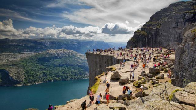 Conheça as falésias e penhascos mais incríveis do mundo