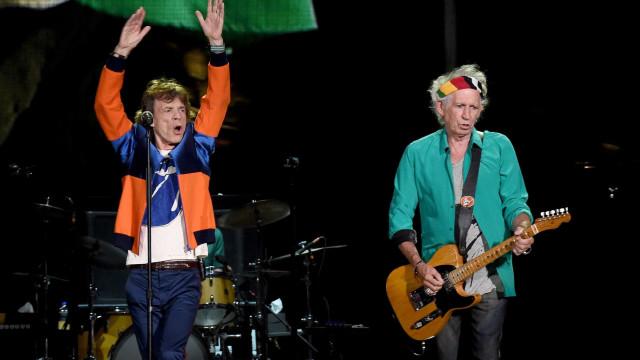 Keith Richards diz que Mick Jagger deveria fazer uma vasectomia
