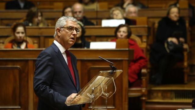 """Incêndios: Governo fez uso """"vergonhoso e ultrajante"""" de fundo europeu"""