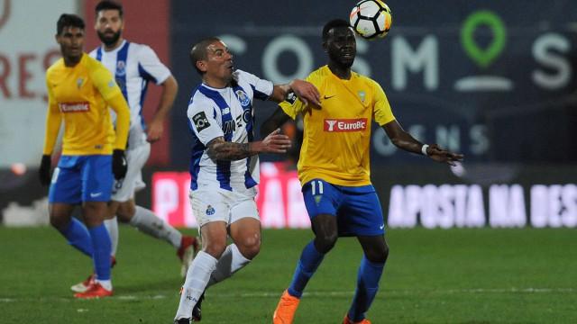 Estoril também reage a polémica de jogo com o FC Porto