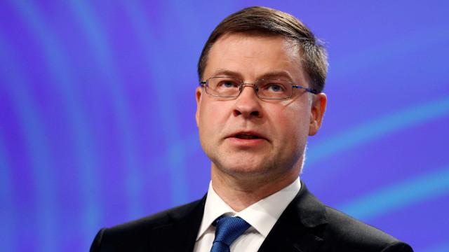 UE quer acordar até final do ano solução temporária de imposto digital