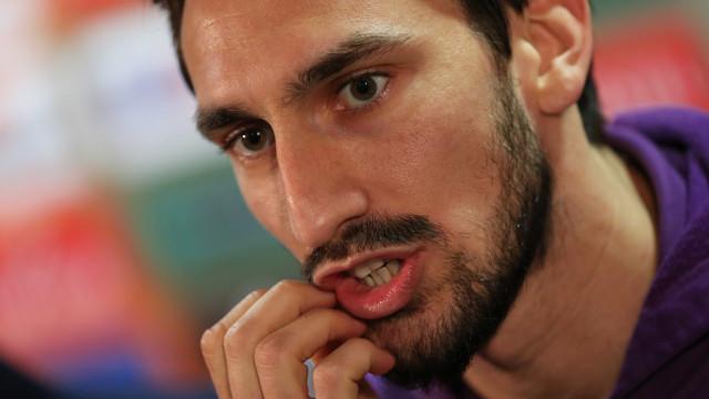 Fiorentina mantém renovação de Astori e deixa salário para a sua família