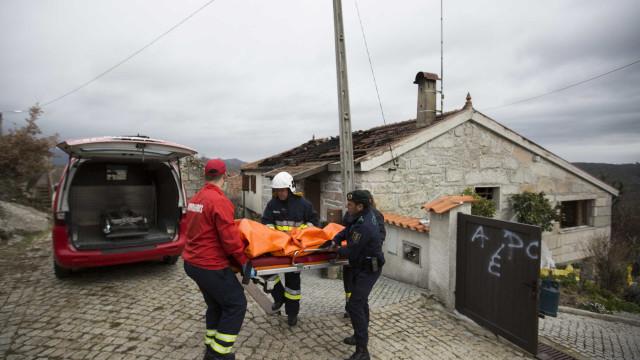 Idosa morre em incêndio que destruiu casa em Miranda do Corvo