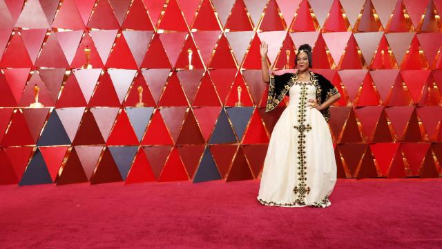 Mal vê Meryl Streep, comediante salta corda de segurança e realiza sonho