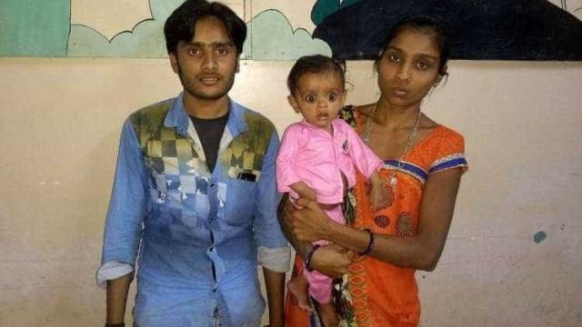 Criança de sete meses tinha feto do irmão gémeo na barriga