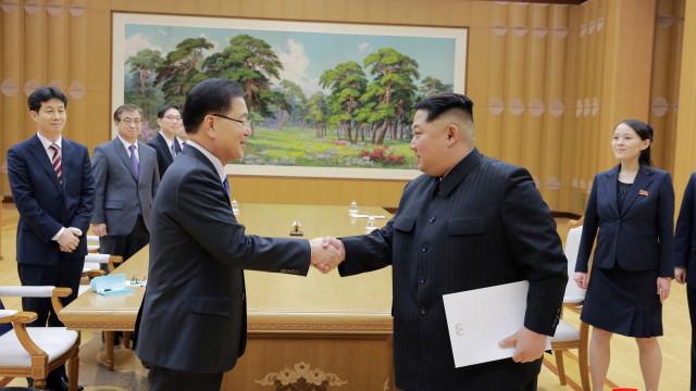 Duas Coreias acordam realizar cimeira na fronteira no final de abril