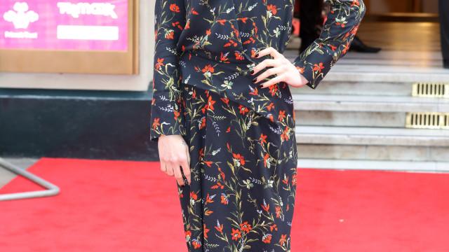 Mel C nega alegações sobre as Spice Girls atuarem no casamento de Harry