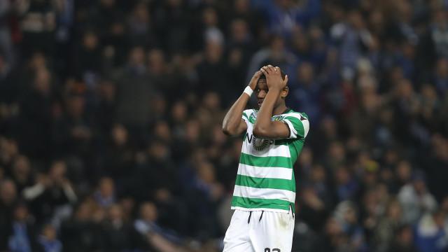 Rafael Leão viajou para Dortmund, mas... ninguém estava à sua espera