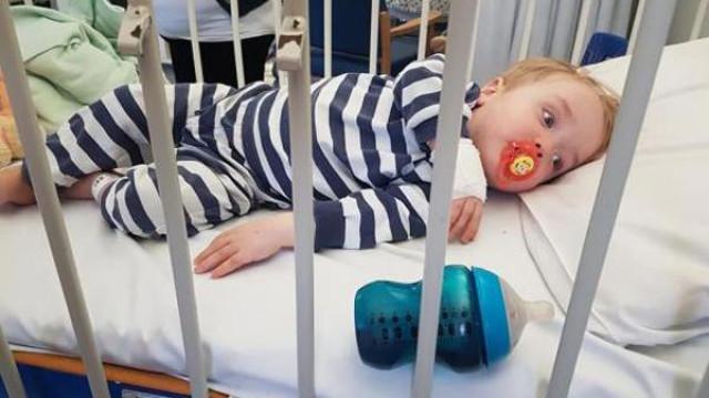 Criança de 20 meses é a mais nova vítima britânica de um AVC