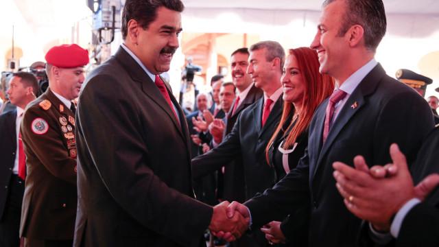 Venezuela deixará de importar oito tipos de produtos alimentares