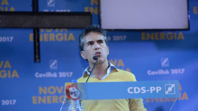 """O voto do CDS, e no CDS, não serve para meter no bolso de Costa"""