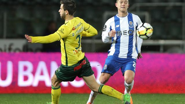 Benfica reagiu à derrota do FC Porto em Paços de Ferreira