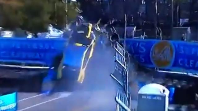 Álvaro Parente foi atirado para fora de pista com violência