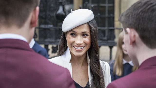 Meghan Markle vai subir ao altar com tiara da princesa Diana