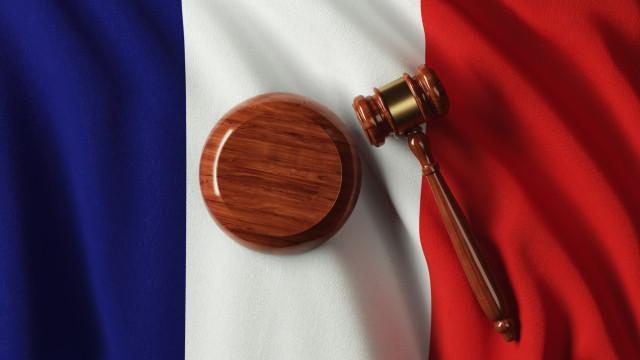 Português julgado em França por homicídio da mãe