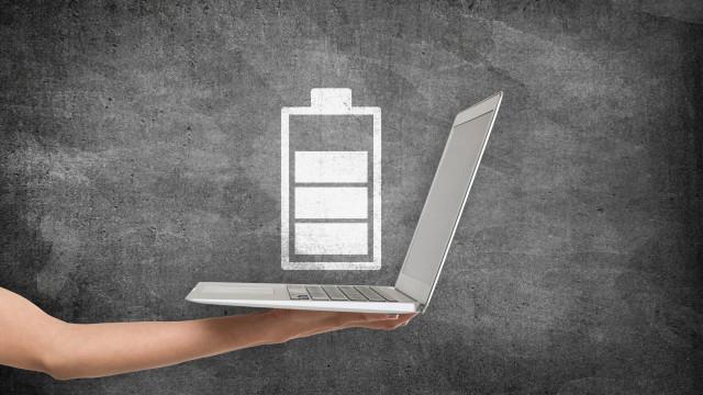 Pequenas dicas que o podem ajudar a ter mais bateria no seu portátil