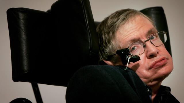 Realiza-se hoje o funeral de Stephen Hawking