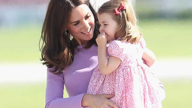 É isto que a princesa Charlotte adora fazer quando está 'à vontade'