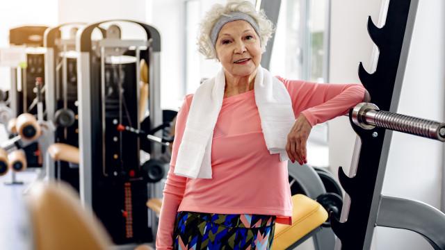 Mulheres mais fit, correm menor risco de desenvolverem demência
