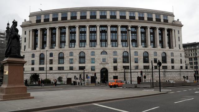 Gigante agro alimentar Unilever retira sede social do Reino Unido