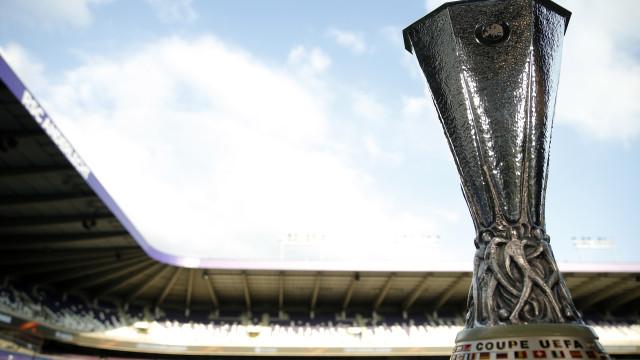 Taça da Liga Europa foi roubada enquanto responsáveis comiam tacos