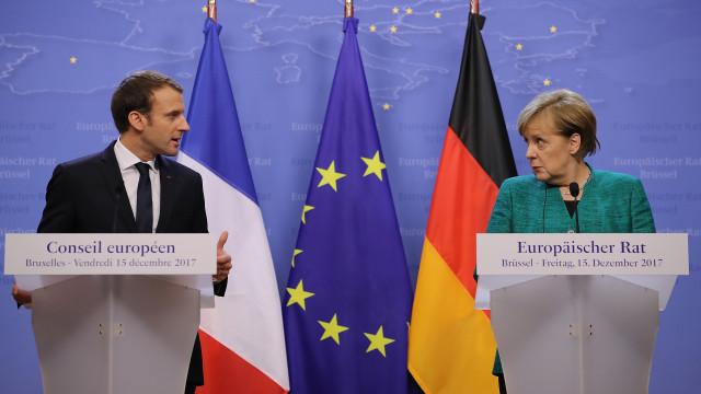 Macron propõe a Merkel definir reforma ambiciosa da UE até junho