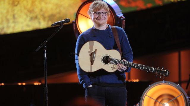 Ed Sheeran foi o artista mais lucrativo ao vivo em 2018