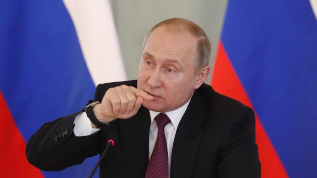 """Novos ataques à Síria podem provocar """"caos nas relações internacionais"""""""