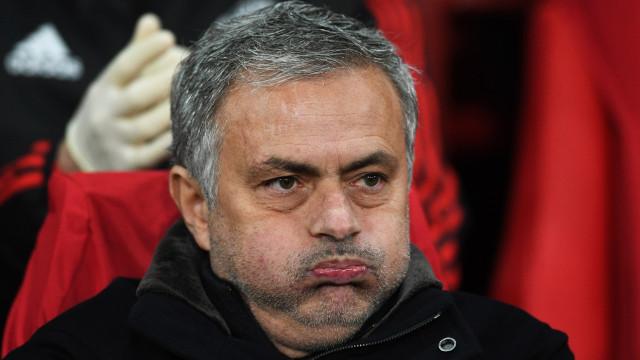 Mourinho prepara revolução no United para a próxima época