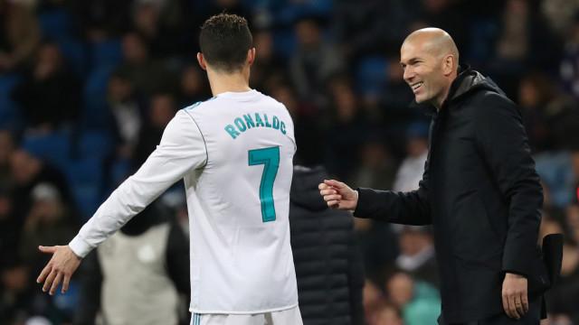 """Zidane diz que marcou um """"golo mais bonito"""" do que CR7. Será?"""