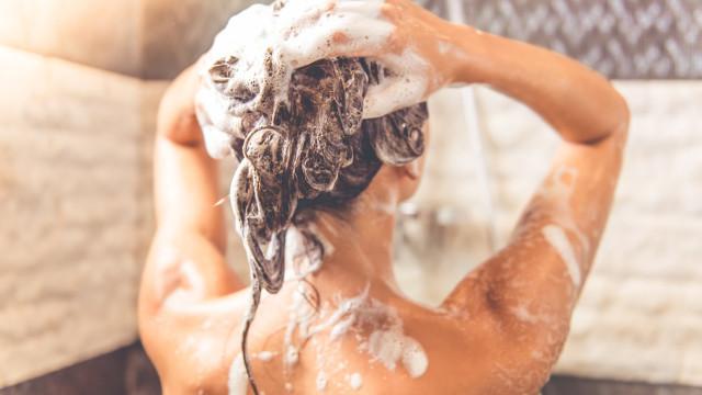 Rotina de beleza: Lavar o cabelo apenas uma vez por semana