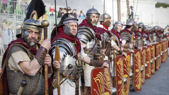 """Acampamento militar romano mais antigo da Galiza vai ser """"visitável"""""""
