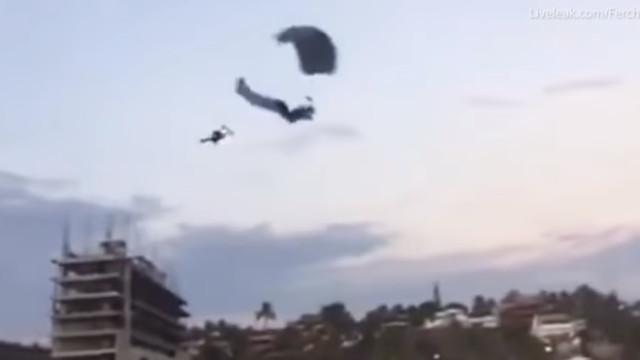 Paraquedistas colidem no ar durante férias no México. Um morreu