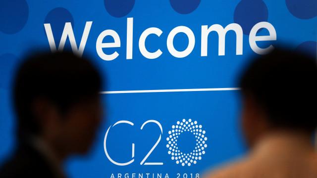 """Eurochambres pede """"reunião urgente"""" devido a guerra comercial global"""