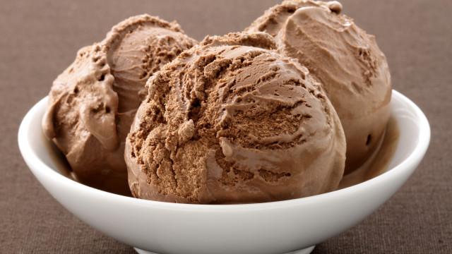 Receita: Gelado de chocolate sem lactose e com apenas 80 calorias
