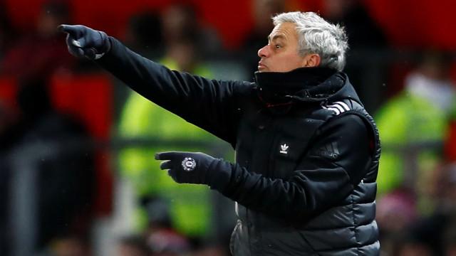 """Antigo jogador inglês aponta o dedo a Mourinho: """"Parece desatualizado"""""""