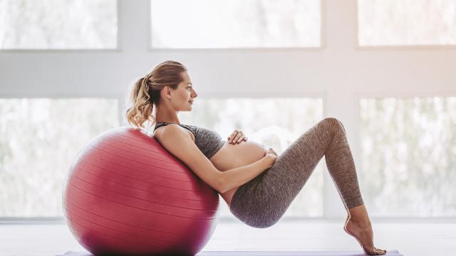 Exercício na gravidez reduz o tempo de trabalho de parto